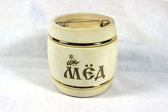 Мед для корпоративного подарка в деревянном бочонке